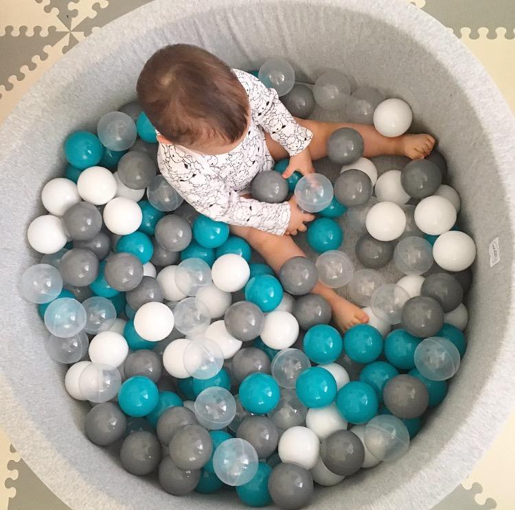 Creatividad mi beb mol n for Piscina bolas minibe