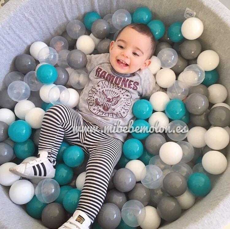 Los cinco juguetes favoritos de mi bebe mol n mi beb mol n for Piscina bolas minibe